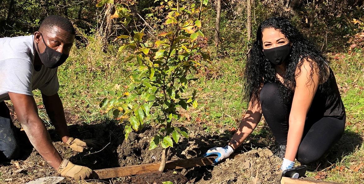 hopewell-tree-planting-Ann Jurczyk-1171x593