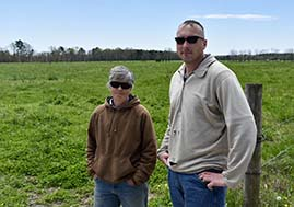 A photo of Nice Farms Creamery owner Bob Miller and his mother, Chase Tanner.
