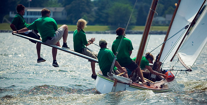 142F3646_sailing-crew_John-Pavoncello_695x352.jpg