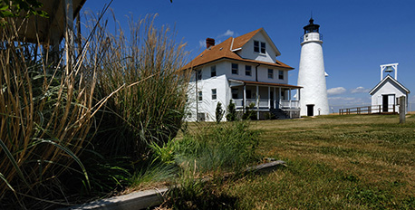 Cove-Point-Lighthouse_Paul-Lebras_458x232