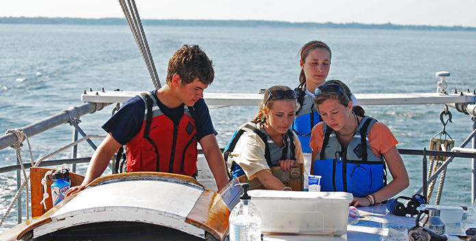 DSC_0395_Student-leadership-trip-skipjack-education_695x352.png