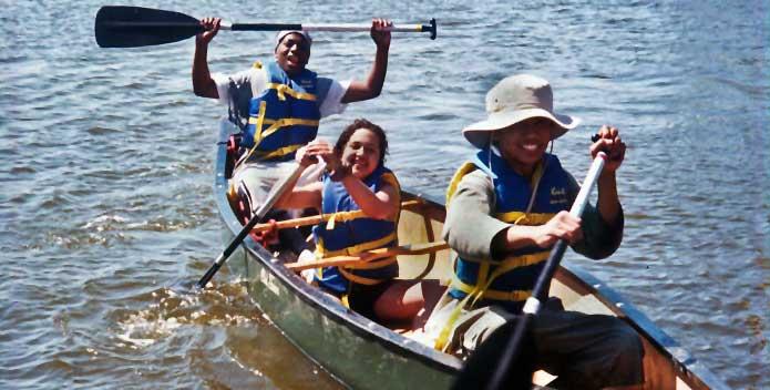 EDFT-0520_va-canoe-rig-education_Staff_695x352.jpg