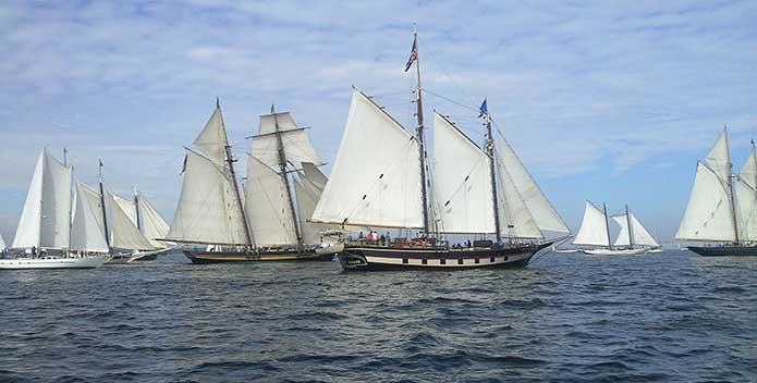 Fleet1_Great-Chesapeake-Bay-Schooner-Race_695x352.jpg