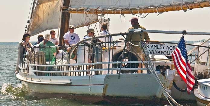 aboard-the-skipjack-Stanley-Norman_DSC_1636_BillPortlock.jpg