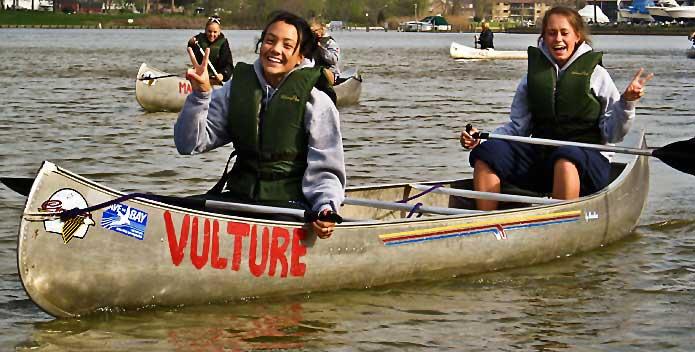 img_1237-students-in-canoe_staff_695x352.jpg