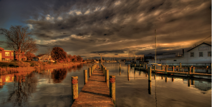 Image of Solomons Island at sunset.