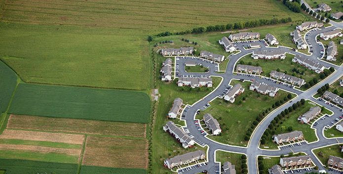 sprawl on farmland Garth Lenz iLCP 695x352