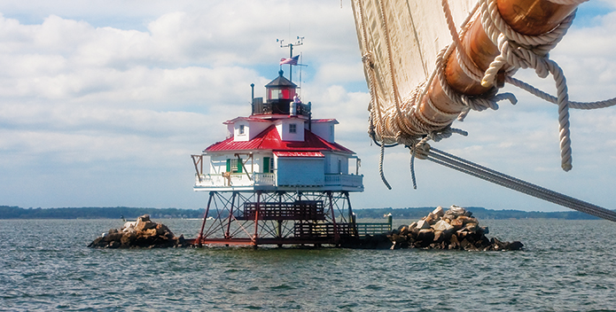 Thomas Point Lighthouse_BobQuinn_695x352