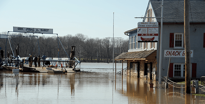 Whites Ferry Potomac Floodwaters - Geoffrey Thulin - 695x352